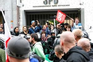 Nazis vor SPD Würzburg